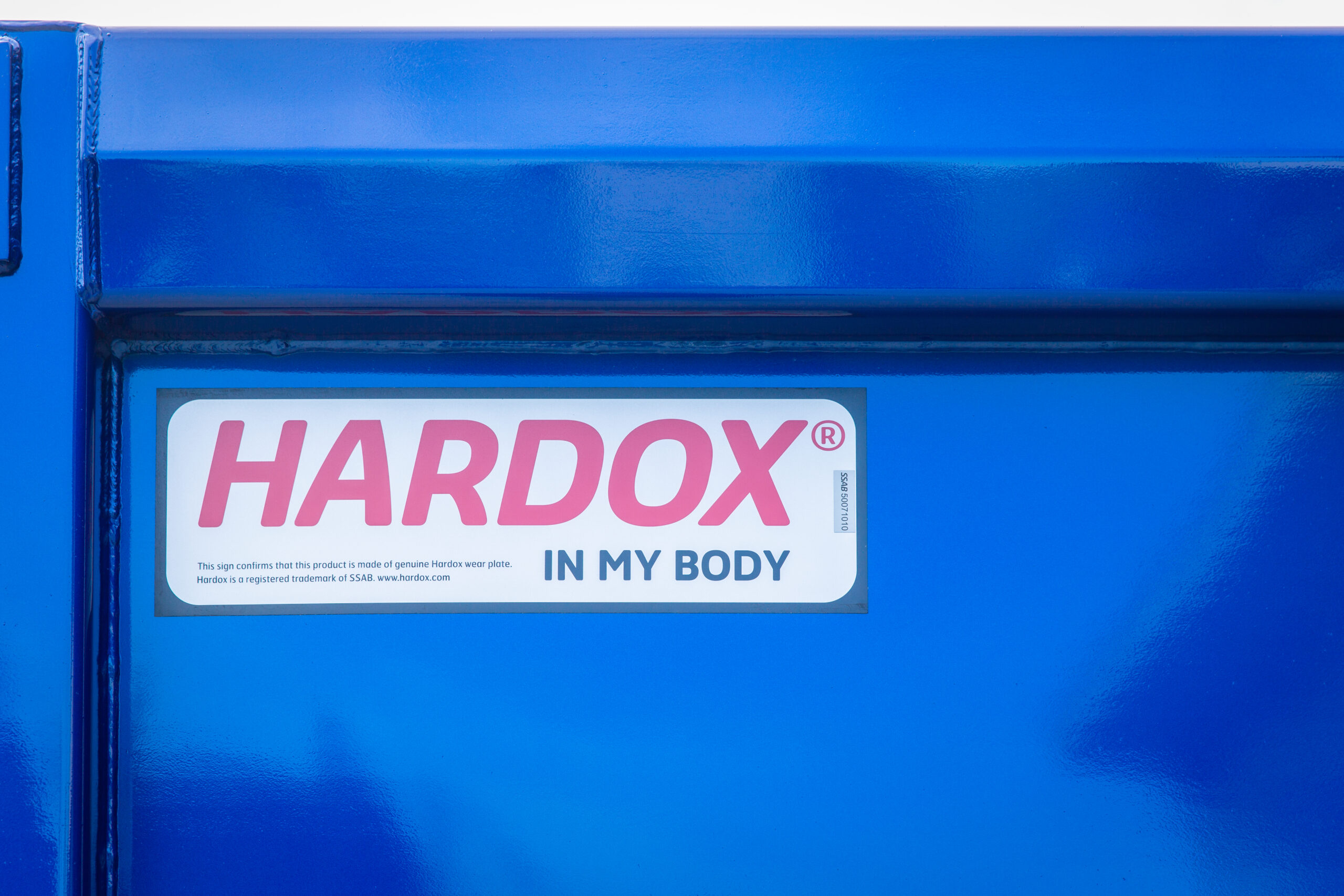 HARDOX IN MY BODYのシール